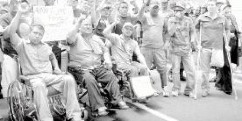 Gonzales Posada: Debe cumplirse ley para discapacitados de FF AA