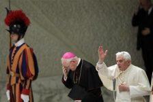Vaticano considera normas para castigar abuso de discapacitados