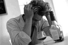 El alcoholismo – Enfermedad cerebral y altamente discapacitante