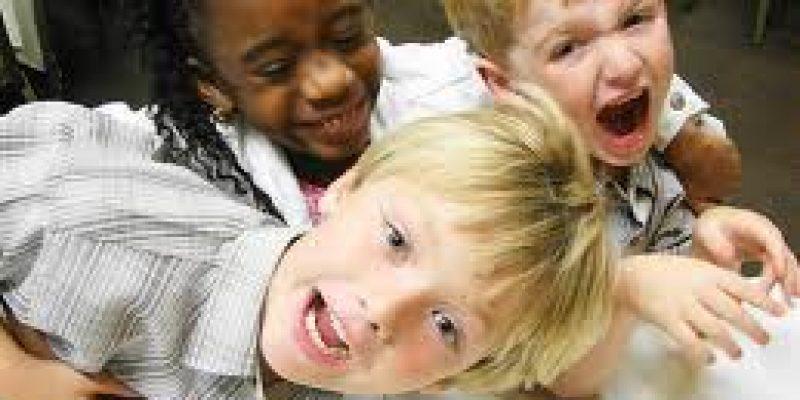Seminario sobre comportamiento perturbador en niños en La Plata