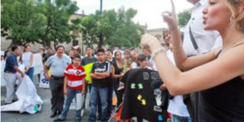 En Guadalajara, personas con discapacidad auditiva realizaron marcha por igualdad