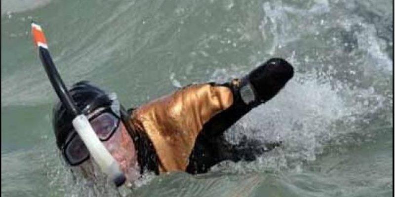 Francés de 42 años sin brazos ni piernas logró cruzar el Canal de la Mancha nadando