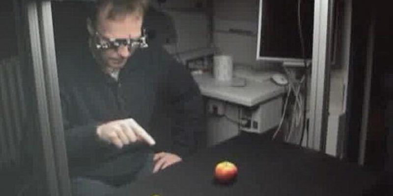Devuelven visión a ciegos con implante de chip en la retina