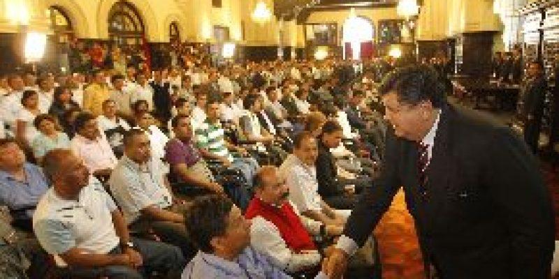 Perú – Alan García promulga ley de protección del  personal con discapacidad de las FFAA y PNP