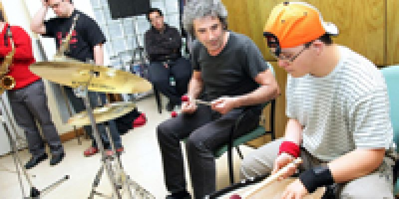España – Mochila 21, grupo musical integrado por jóvenes con síndrome de down