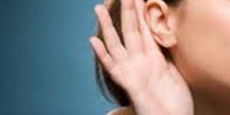 Consejos prácticos para comunicarse con personas con discapacidad auditiva o sordera