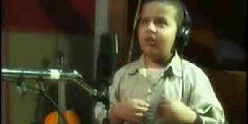 Discapacidad y motivación Historia niño invidente cantante