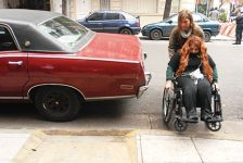 Vivir en una silla de ruedas y no poder conseguir trabajo