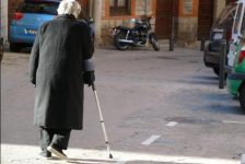 Probabilidad de desarrollar discapacidad aumenta con la edad