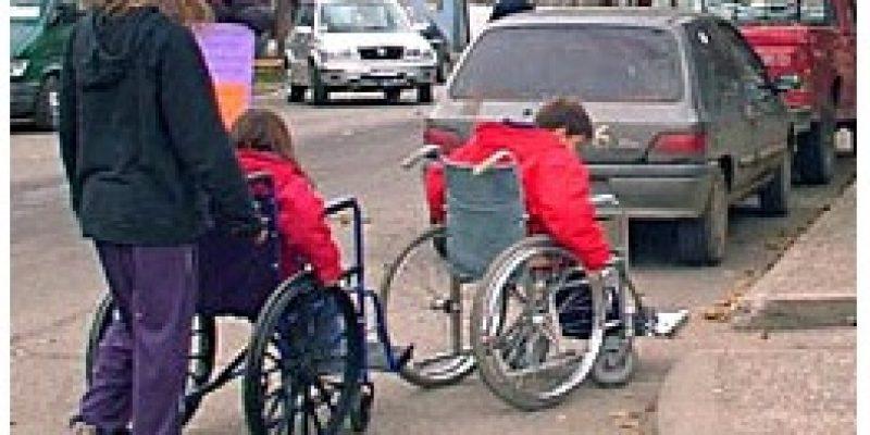 Ley discapacidad supresión de barreras físicas y sensoriales Navarra