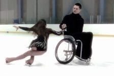 Video de Patinaje artístico sobre hielo en silla de ruedas