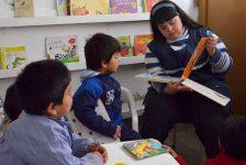 Joven con Síndrome de Down es maestra de jardín en Argentina