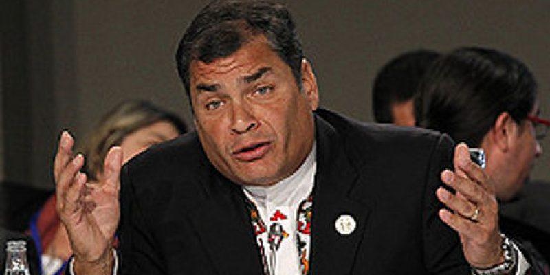 Bono de desarrollo Humano enfrenta a Rafael Correa con banca ecuatoriana