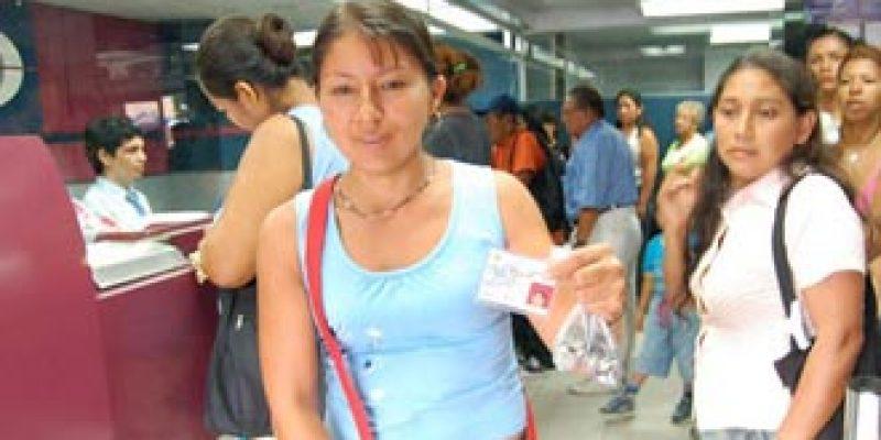 Ecuador garantiza aumento del Bono de Desarrollo