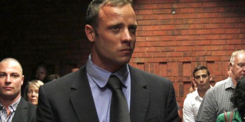 Oscar Pistorius organizó ceremonia en memoria de su novia