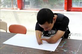 Juan Fernando Agudelo el dibujante sin extremidades