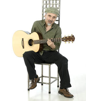 Andrés Godoy guitarrista de un solo brazo