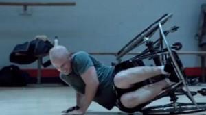 Anuncio de cerveza Baloncesto en silla de ruedas