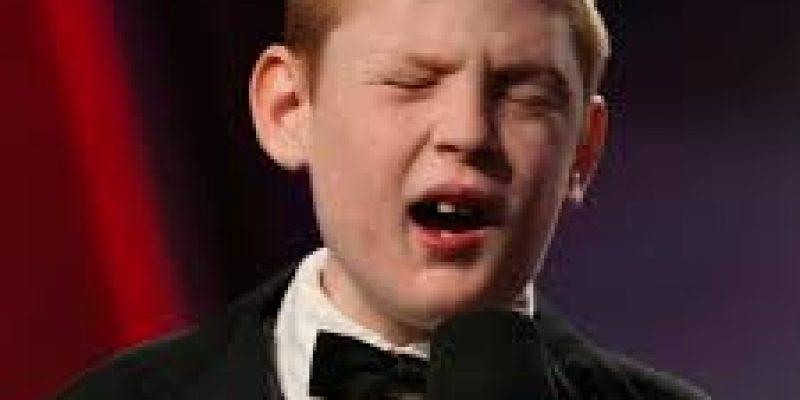 Christopher Duffley cantante autista y con ceguera