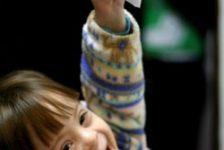 Cómo introducir alimentos sólidos a bebes con necesidades especiales