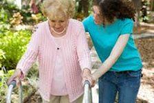 Cuidados del anciano en casa consejos y pautas