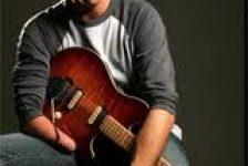 El guitarrista de una mano John Denner