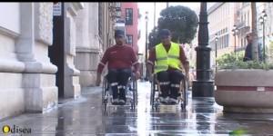 Manejo de la silla de ruedas bajo la lluvia