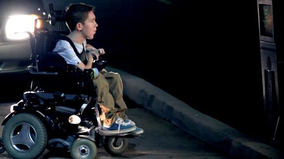 Shane Burcaw y su inspiradora historia de superacion