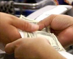 Bono de desarrollo humano bajará presupuesto en el 2014