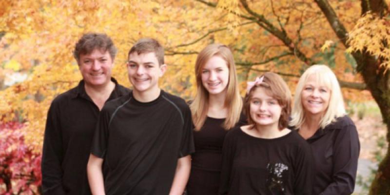 Niña autista fue expulsada de avion con su familia