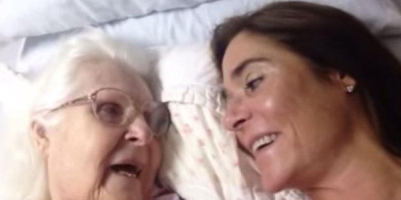 Conversacion de una madre con Alzheimer y su hija