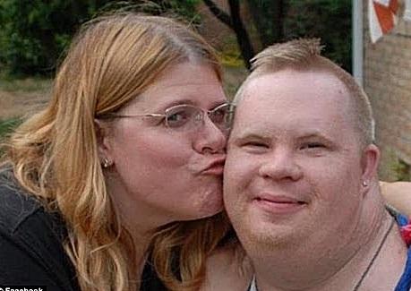 Muerte de joven con sindrome de Down genera ley de proteccion